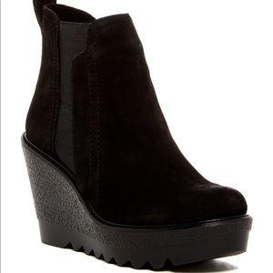 Vince Camuto Danisa Leather Platform Wedge Bootie
